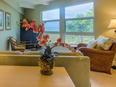 Photo for Experience Old Sanibel in Style with this Lovely GULF FRONT condo including Free Wifi!