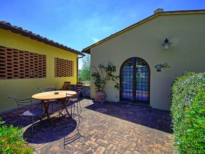 Photo for Nice apartment for 4 people with A/C, WIFI, pool, TV, pets allowed, panoramic view and parking