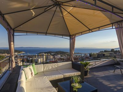 Photo for FLEXIBLE ARRIVAL! Fantastic penthouse with terrace and sea view, three bedrooms