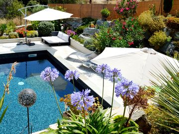 Villa Madrale: High-end, very peaceful condo with swimming pool/whirlpool (2-8p)
