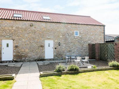 Photo for THE GRAINERY, pet friendly, with a garden in Thornton Dale, Ref 29723