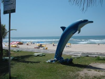 Photo for Ap. 2 dmts w / suite, balcony, building w / 2 swimming pools, BBQ. - TOMBO Beach