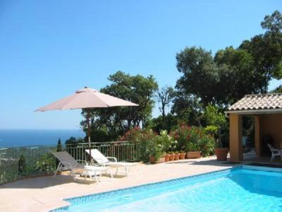 Photo for Villa with swimming pool near St-Tropez
