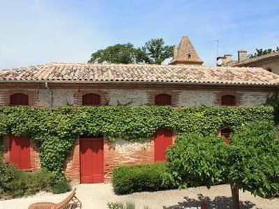 Photo for CHARMING HOUSE WITH SWIMMING POOL 20 mn from TOULOUSE 40 mn from CARCASSONNE