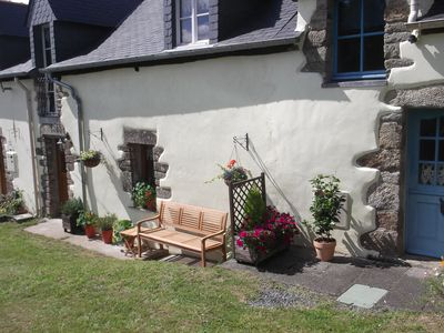 Photo for Charming cottage located in a peaceful country setting with all shops nearby