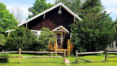 Catskill Getaway - Great for Skiers. 2 Miles To Windham Mountain, 6 To Hunter