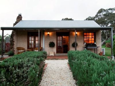Photo for Enerby Farm Cottage - located at Cockatoo Valley