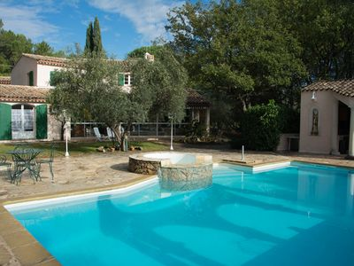 Photo for Luxurious villa of 260m2 with swimming pool in a private park of 80a for 10-14per