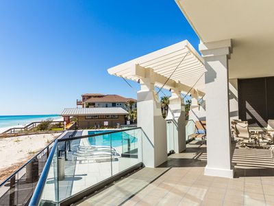 Photo for Gulf Front Condo! Shared Pool! large gulf-front balcony with stunning views!