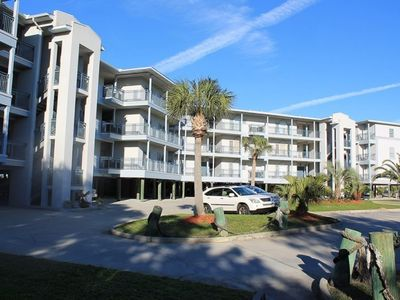 Photo for Bay View Villas - Unit 104 - Water Front - Swimming Pool - Tennis - FREE WiFi
