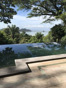 Photo for Spectacular ocean view and Balinese infinity pool!
