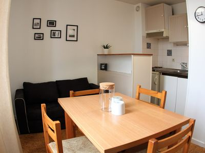Photo for Charming pied-à-terre with patio, ideal location !!
