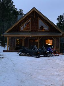 DREAM CABIN ~ Pool Table/Air Hockey, Hot Tub, WiFi, ON THE Trails. BEST VALUE!!