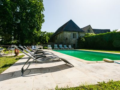 Photo for Beautiful and large family property of the 17th century, Park 1 hectare tennis