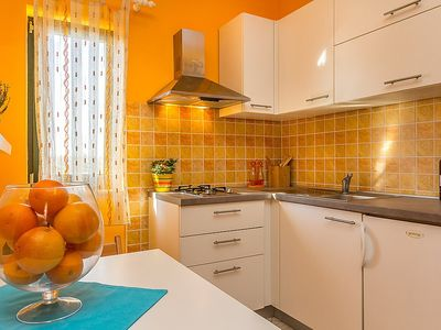Photo for House 1.1 km from the center of Pula with Parking, Internet, Washing machine, Air conditioning (117667)