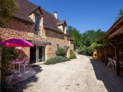 Photo for Character house in Black Perigord - Heated Pool
