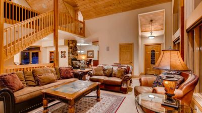 Photo for White Bear Lodge: Perfect Mountain Home w/ Hot Tub, Great Views, Pool Table