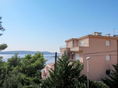 Photo for Apartment Saldun (TGR212) in Trogir - 4 persons, 2 bedrooms