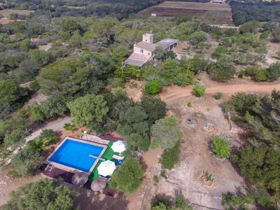 Photo for Rustic finca for 4 persons, large natural garden with pool, inland, I