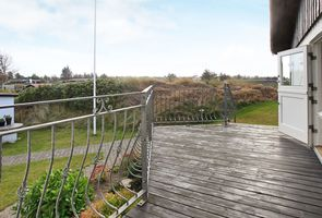 Photo for New chalet in a calm holiday park walking distance from the Oosterschelde