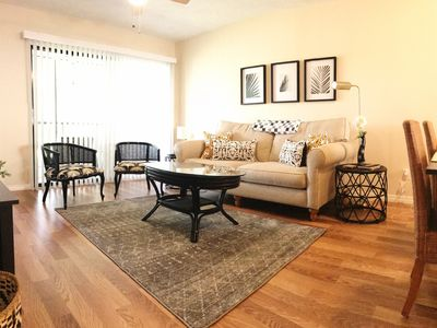 Beautiful, Quiet, 2 Bedroom Condo with Pool and Spa
