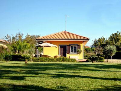 Photo for Lovely villa by the sea. Large garden with magnificent view of the volcano Etna