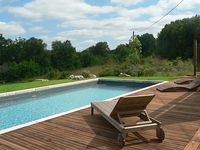 beautiful house and pool in a lovely remote location