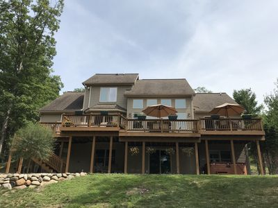 Photo for Beautiful home on Rennie Lake - minutes from TC!