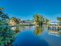 Beautiful cape Coral home on canal