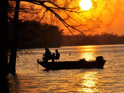Photo for For Larger Groups (Up To 25) Right on Reelfoot Lake--Private Dock And Pier