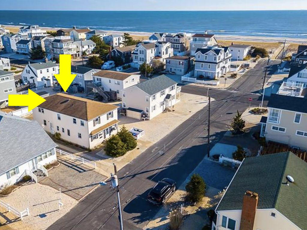 Vintage Beach House with Modern Upgrades—Ideal Beach Haven Gardens on celebrity house in, car house in, japanese house in, vacation house in, country house in, fun house in, french house in, summer house in,