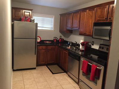 Condo Located Less Than A Mile From Downtown And Sanford Stadium