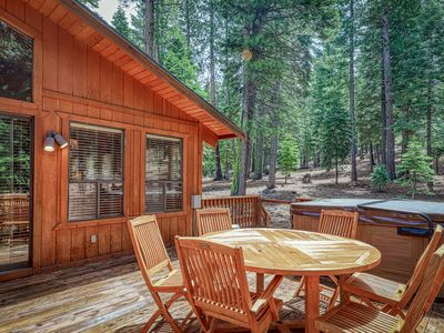 Photo for Dog-friendly home with fireplace, private hot tub - shared pool, sauna, gym!
