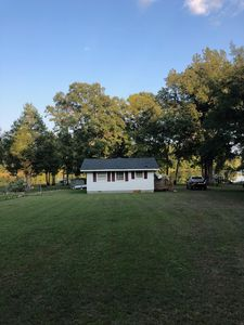 Charming Lake Wateree Bungalow.  A perfect space for a getaway.