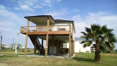 Photo for Pet-friendly! Family-friendly! Direct access to beach! Bay & beach views!