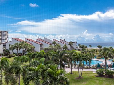 Photo for Beautifully Updated 2 Bedroom Gulf View Unit Overlooking the Pool