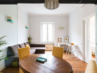 Photo for Lovely apartment between Trastevere and San Pietro
