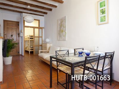 Photo for Charming holiday apartment for 4 guest in Gràcia district, Barcelona