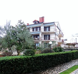 Photo for 1BR Apartment Vacation Rental in Malinska