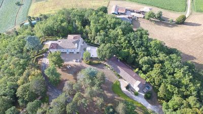 Photo for Comfortable and large house in the heart of 10ha of greenery