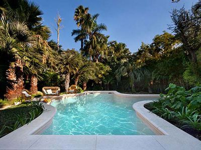 Photo for Perfect Hidden Verdant Liberty Style Villa - Pool - AC - WiFi - Washer - Screens