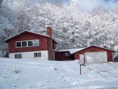 Photo for Pico Mountain Resort Ski Chalet, Ski-on/Ski-Off, 4BR/2BA