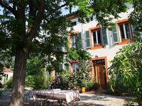 A beautiful elegant house and gardens -perfect for tranquility and relaxation