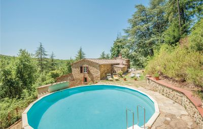 Photo for 5 bedroom accommodation in Gaiole in Chianti (SI)