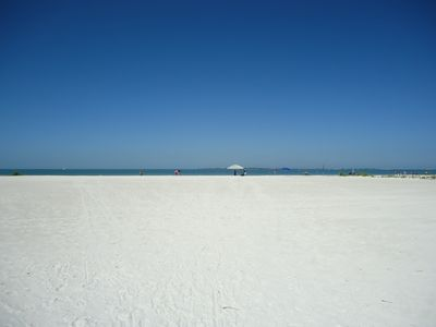 Photo for Gulf Beach Front Vacation Villas Condo #635 With Sunrise and Sunset Views