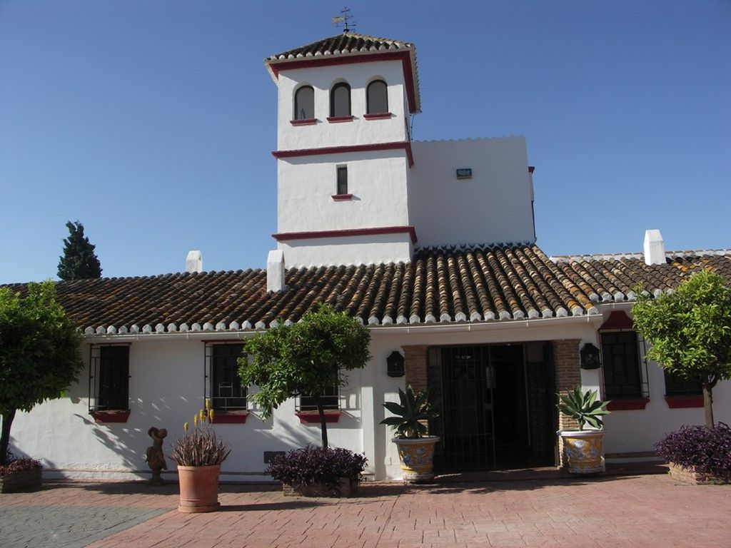 Traditional Spanish Villa With Private Pool 6 Bedrooms