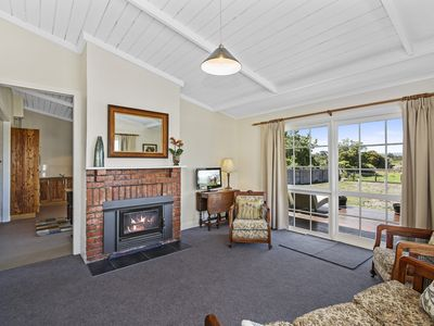 Photo for Florio Cottage - Port Welshpool, VIC