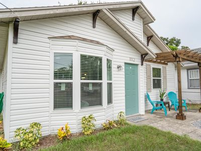 You found it! Renovated 3Be 2Ba home in Clearwater.