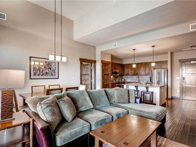 Photo for Beautiful Condo w/Onsite Pool, Fitness Center & Game Room