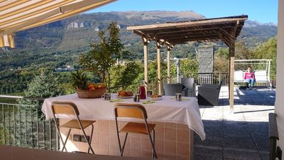 Photo for Superb house with large terrace and panoramic view over the valley